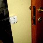 Electric door lock opener