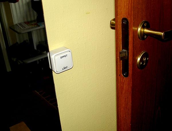 Elektrisk dörrlåsöppnare