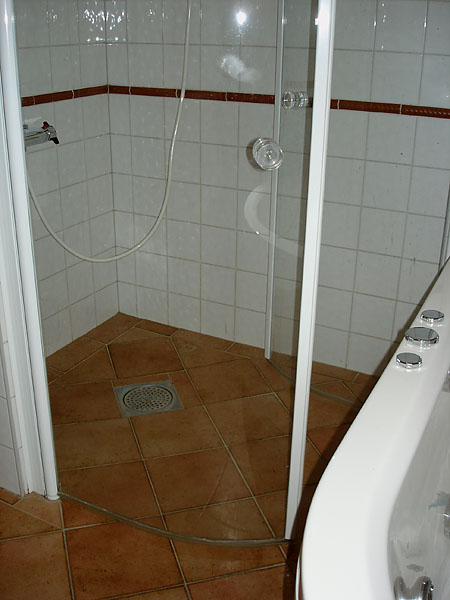 Shower stall with doors