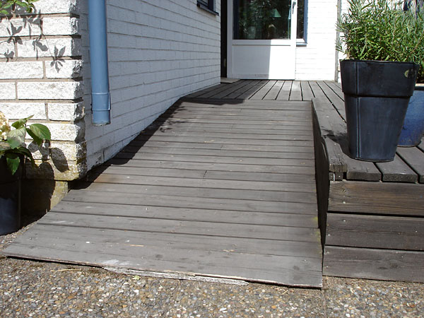 Wooden ramp at terrace (close-up)