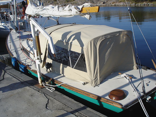 Dodger on adapted sailboat