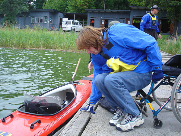 Transfer from wheelchair to kayak