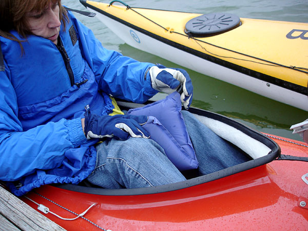 Cushion between knees in boat