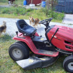 Riding lawnmower