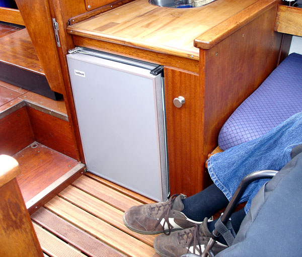 Raised sole in cabin