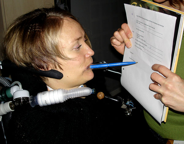 Adapted pen to be able to write with mouth