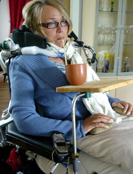 Small wheelchair table for tea cup