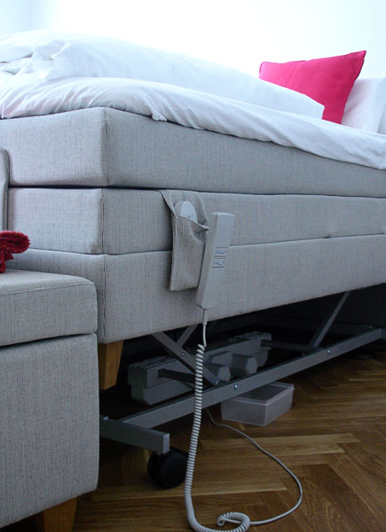 User's bed with bed lift and box
