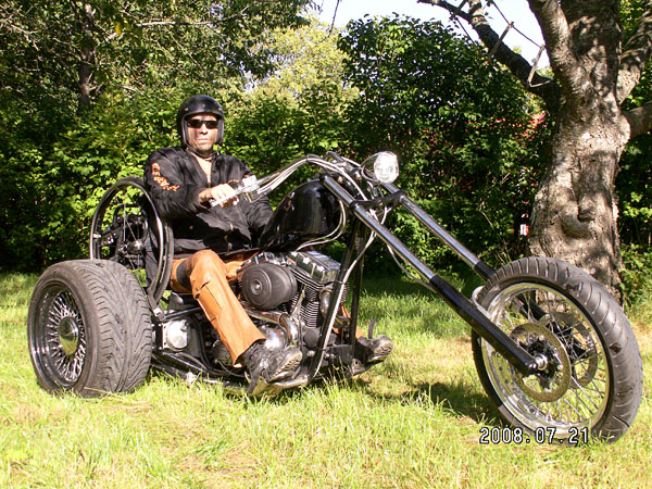 User on his trike on Gotland