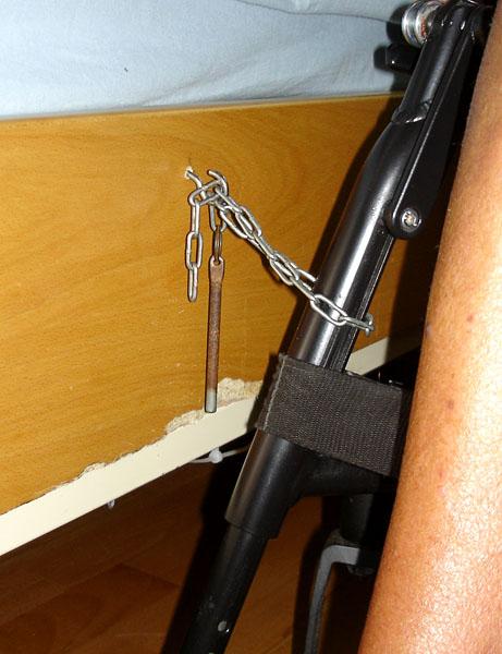 Fastsättning av rullstolen vid förflyttningar