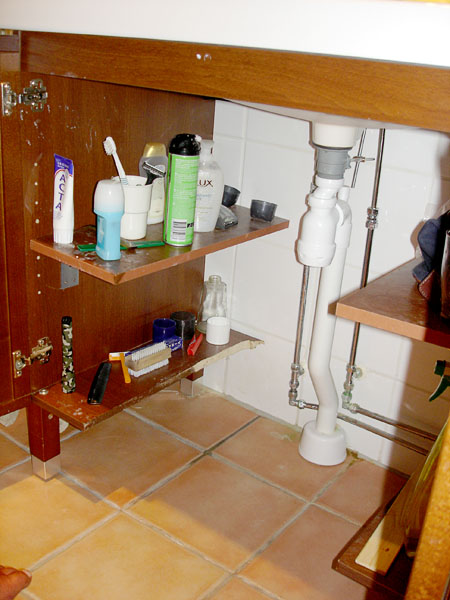 Adapted sink cabinet