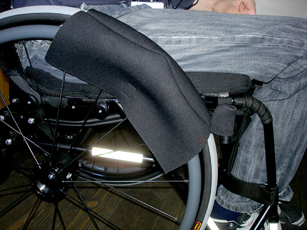 Transfer mat attached to the wheel and brake lever