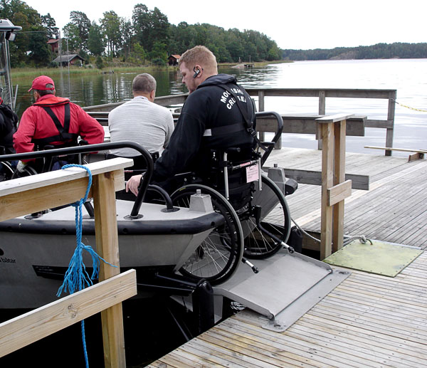 Accessible boat dock