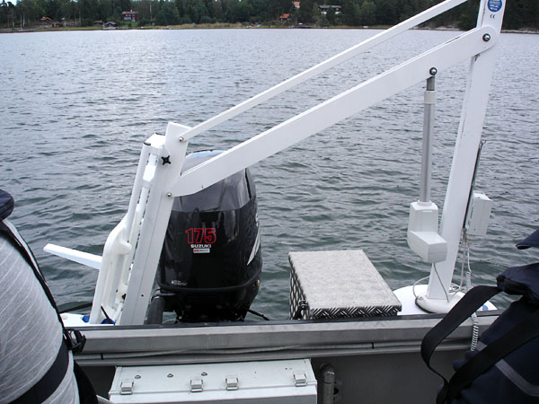 Lift for persons on accessible boat