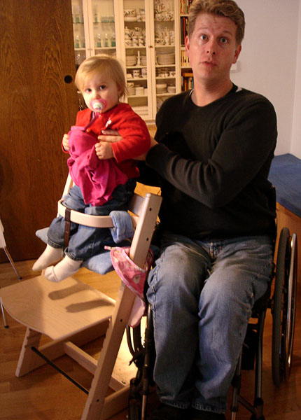 Highchair with fixed chest support