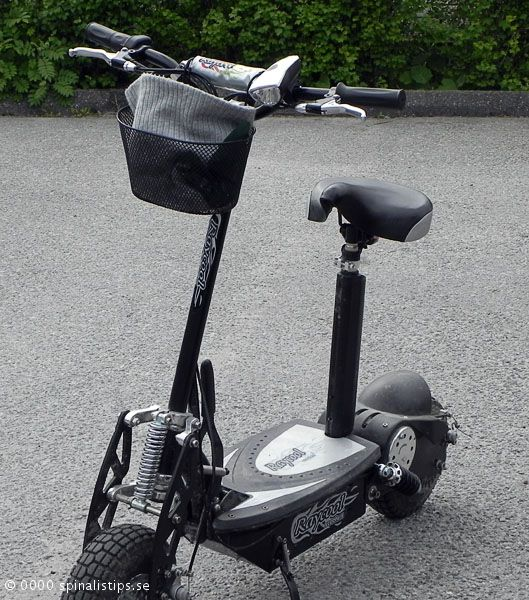 Simple electric scooter